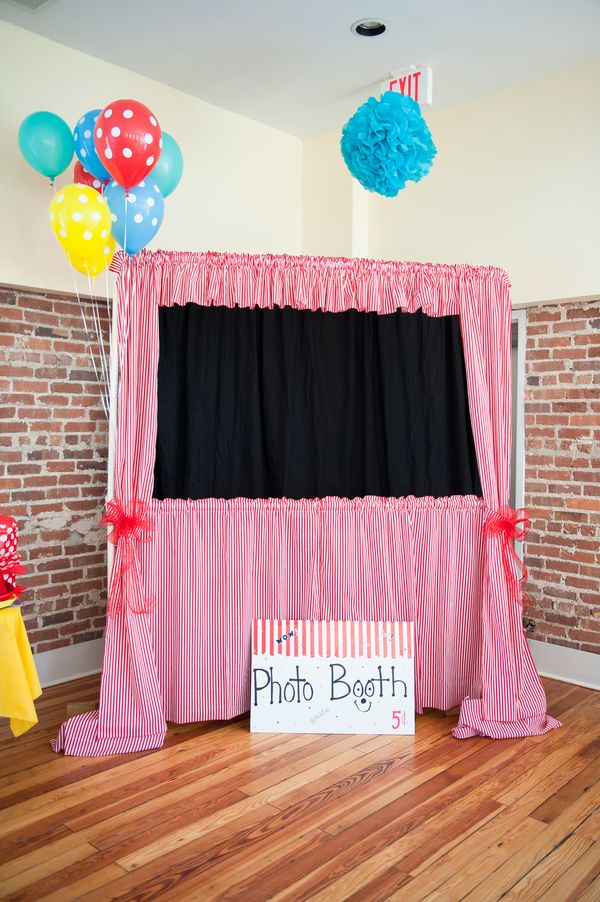 DIY Photo Booth 7 Foolproof Tips To Make