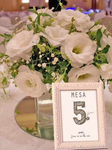 Números de Mesa Personalizados- Floral Crown