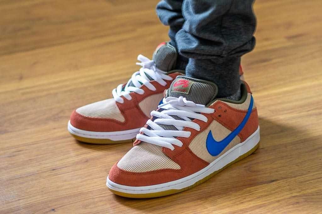 Nike SB Dunk Low Corduroy / Dusty Peach