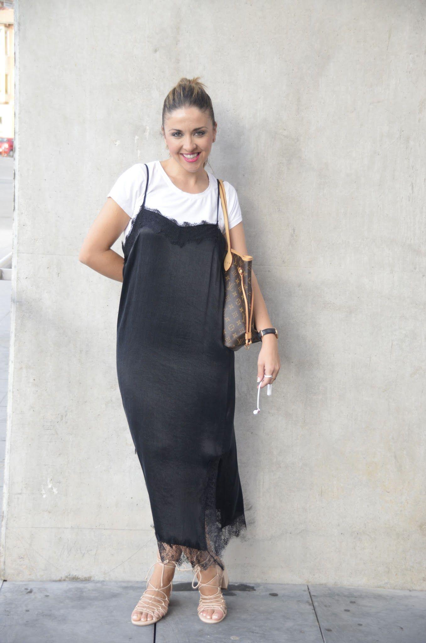 a57fb0a2a vestido lencero zara negro moda de los 90's   Tendencia vestido ...