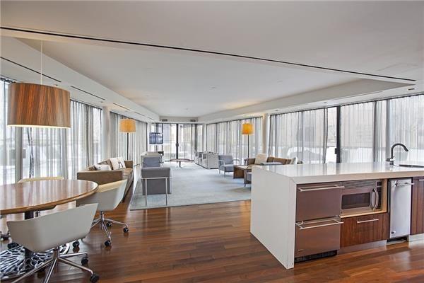 Exclusive Listing 1 Wall Street Court 1407 Financial District Condo 585 000 This High Floor Luxury Studio B Italian Tile Floor Open Floor Plan 1 Wall Street