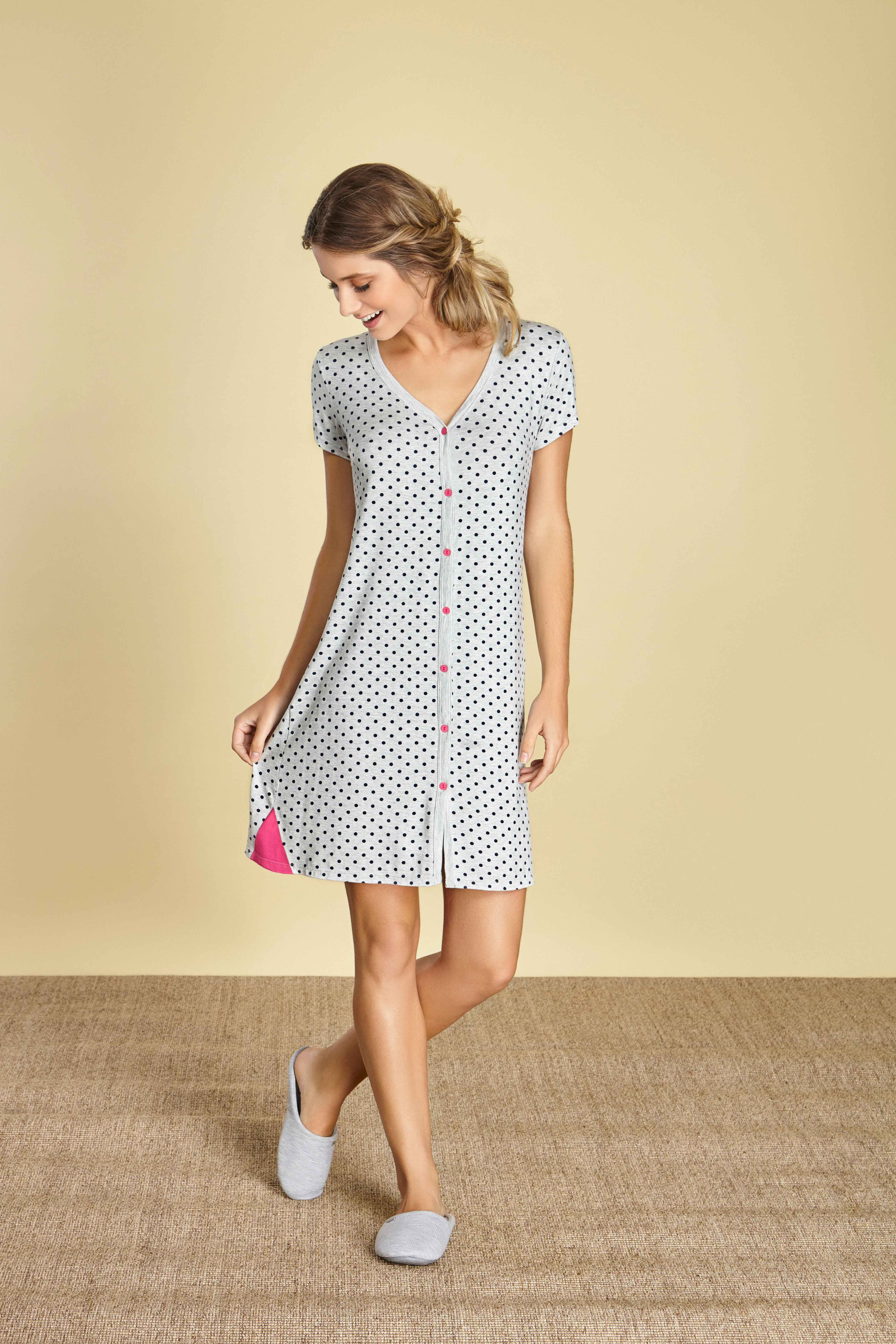 a6af67bd96 Camisolas exclusivas e lindas para todos os seus momentos de maternidade. A  camisola pode ser usada para a maternidade e pós cirurgias.