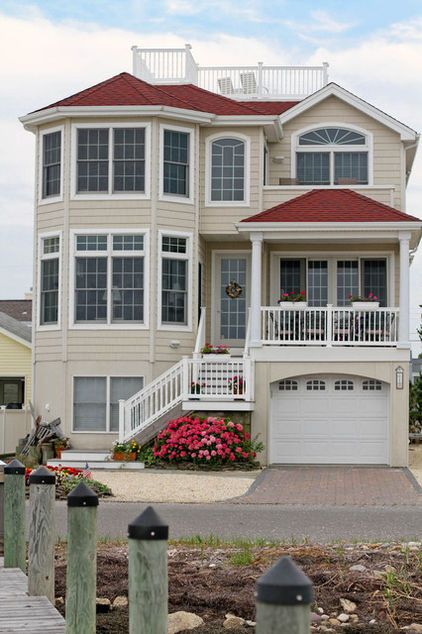 My Houzz Bayfront Beauty In New Jersey Red Roof House House Paint Exterior Exterior House Colors