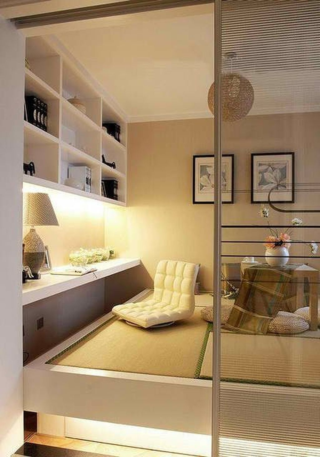 5 Creative And Modern Tricks Attic Home Doors Attic Skylight Home Office Attic Kitchen Shelves Japanese Living Rooms Japanese Style Bedroom Small Room Design