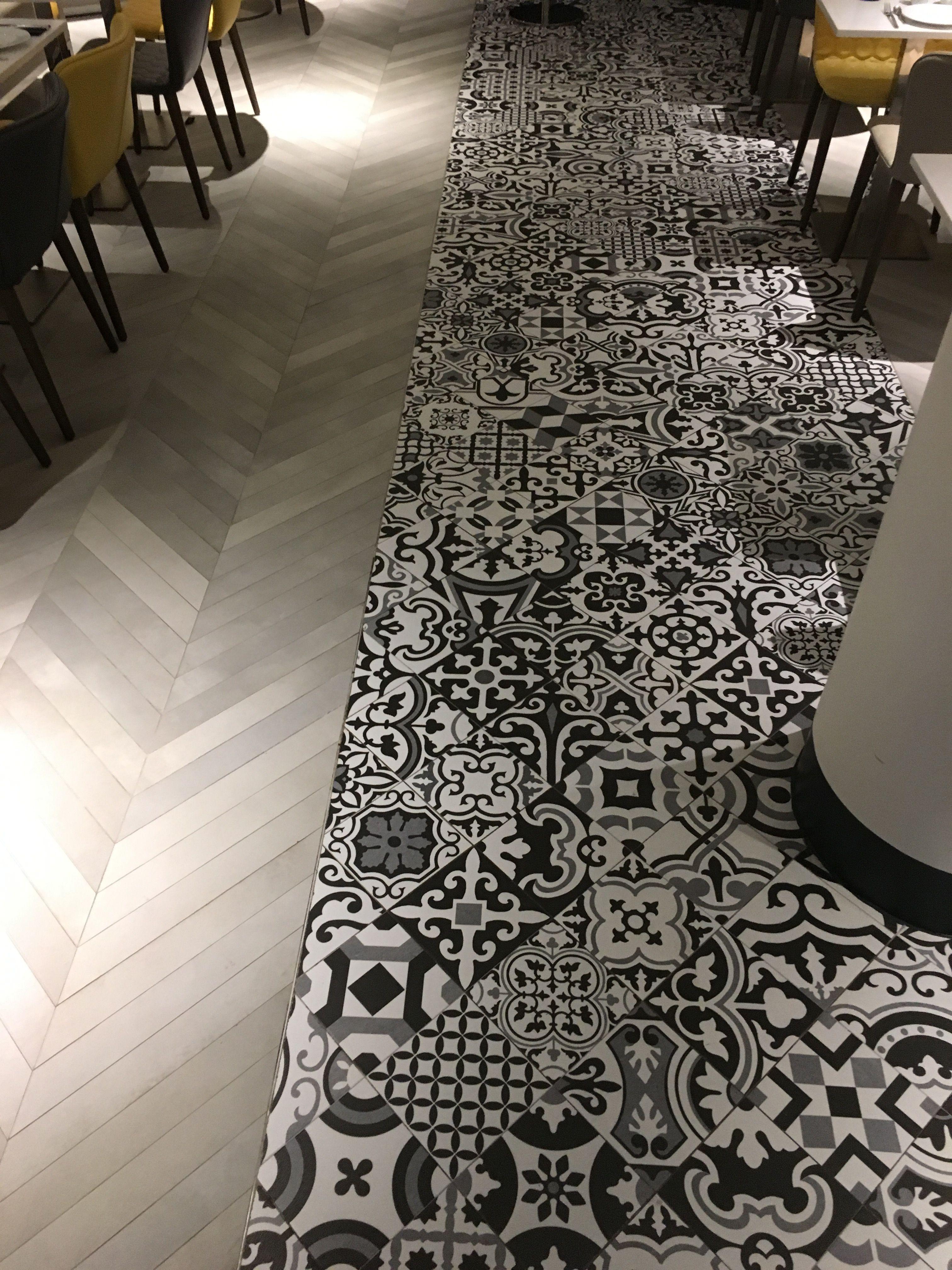 Sol mixte carreaux ciment et carrelage imitation parquet | carreaux ...