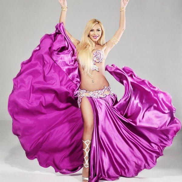 Didem Kinali - Turkish belly dancer