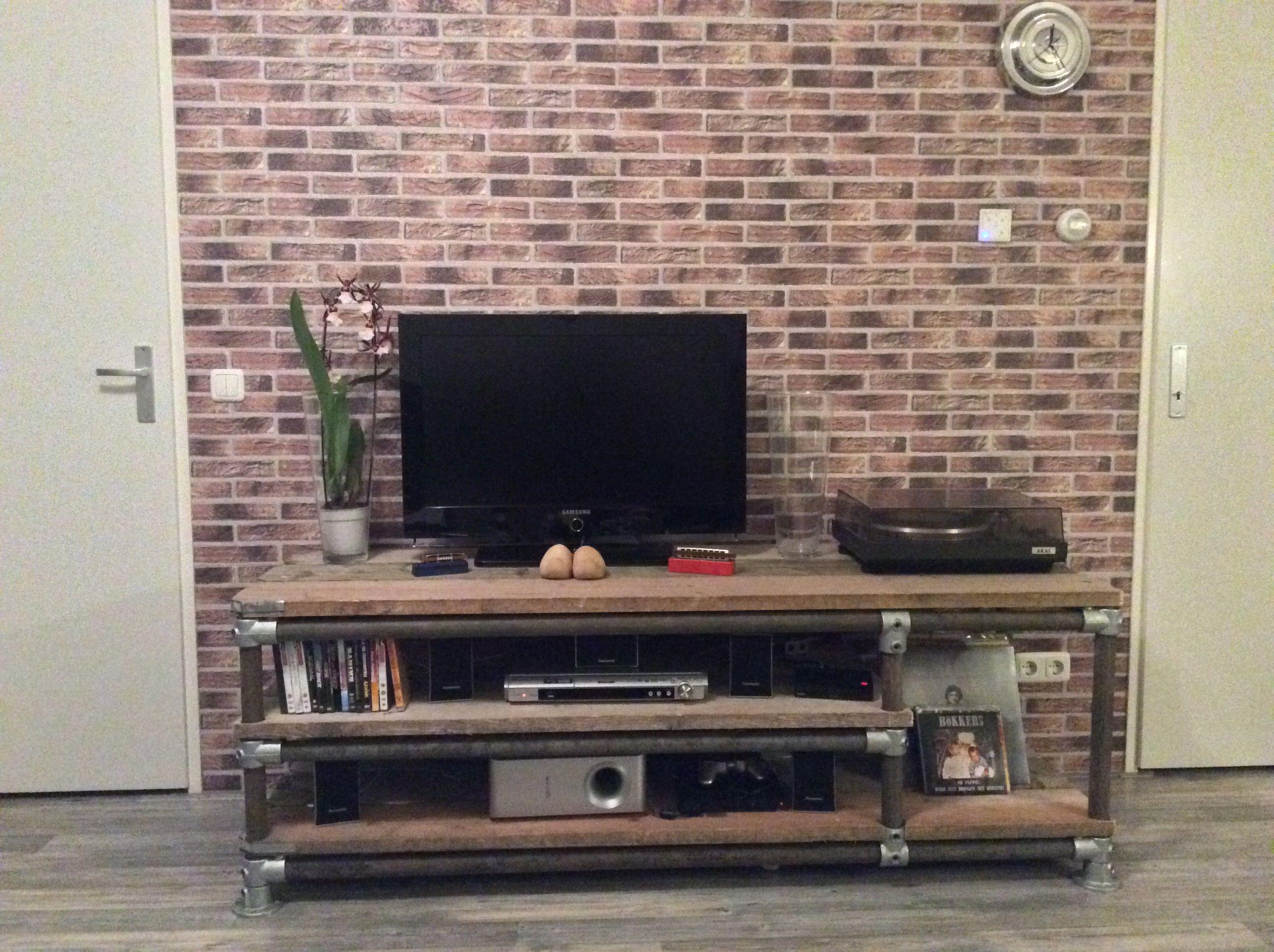 Vinyl Steigerhout Look : Steigerhout en steigerbuis tv meubel met ruimte voor vinyl my