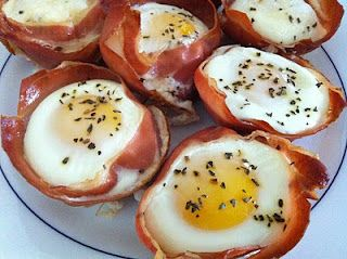 OMW Yes!  Love Prosciutto ..... Prosciutto Breakfast Bowls  (Does it qualify healthy not sure ... but better than eggs benedict I think)