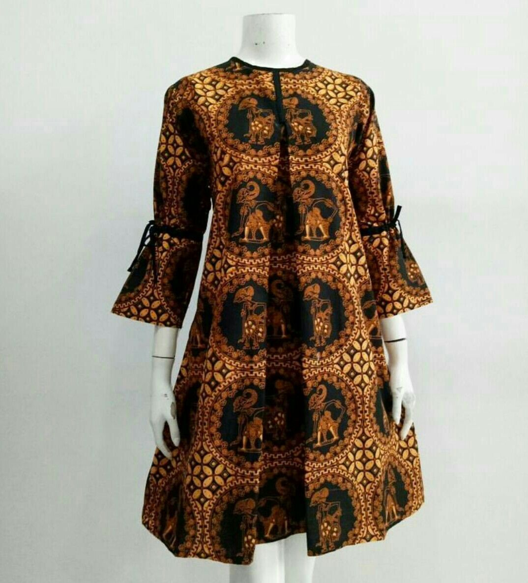 Dress Batik  Desain blus, Pakaian wanita, Model baju wanita