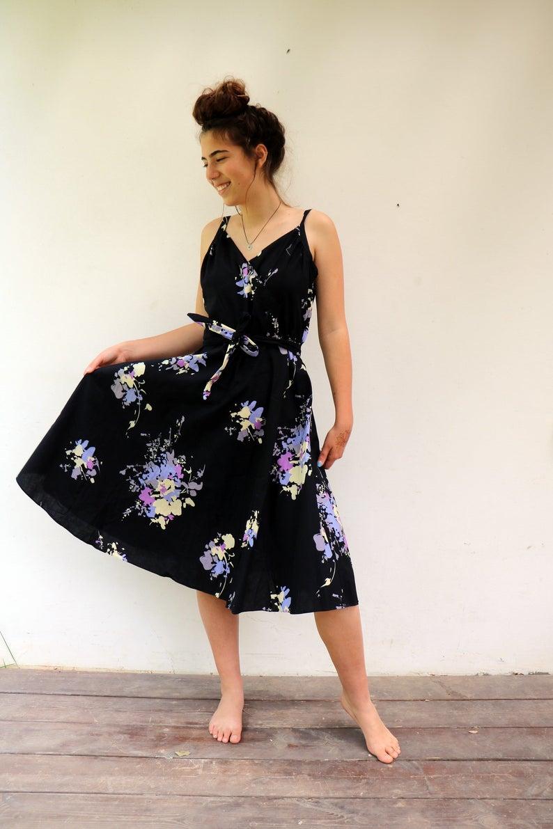 Wrap Summer Dress Vintage 70s Boho Black Floral Midi Cotton Day Dress High Waist Full Skirt Hippie Hippy Hipster Dress 70s Does 50s M L Vintage Summer Dresses Wrap Dresses Summer Vintage [ 1191 x 794 Pixel ]
