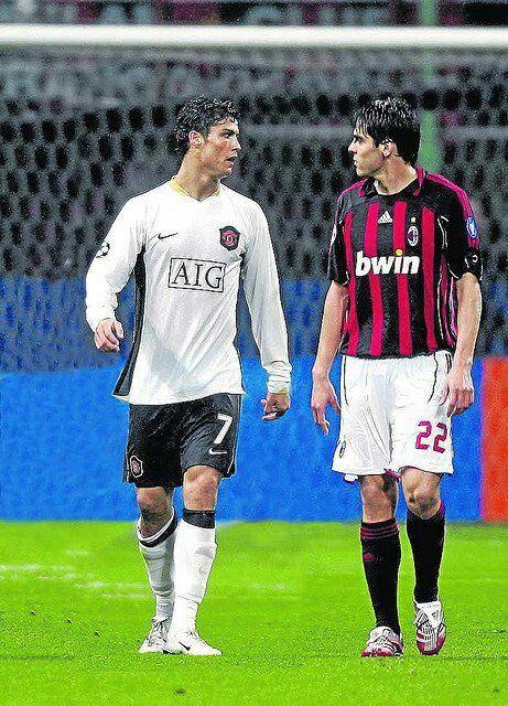 Ronaldo Vs Kaka Cristiano Ronaldo Jogadores De Futebol Futebol