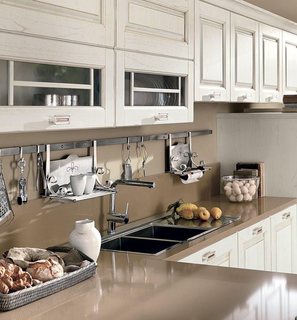 Laura - Cucine Classiche - Cucine Lube   Dia în 2019   Kitchen ...