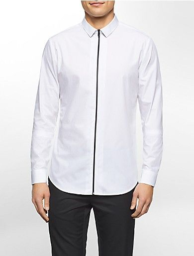 this cotton poplin shirt sports a slim fit and a contrasting zip placket.