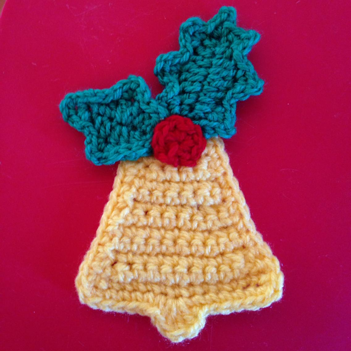 Crochet a Bell Applique for Christmas | Christmas Stuff | Pinterest