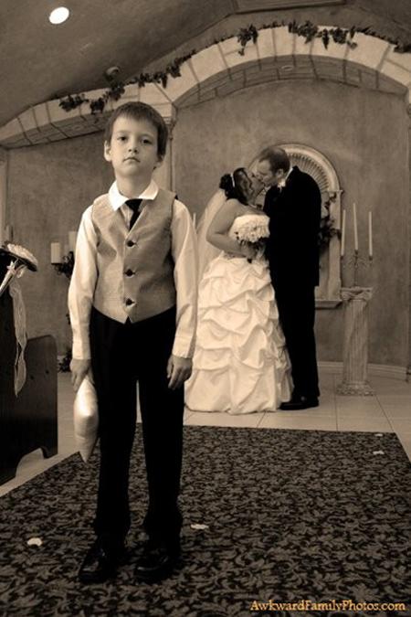 Another Edition of when Wedding Photos go Wrong Awkward
