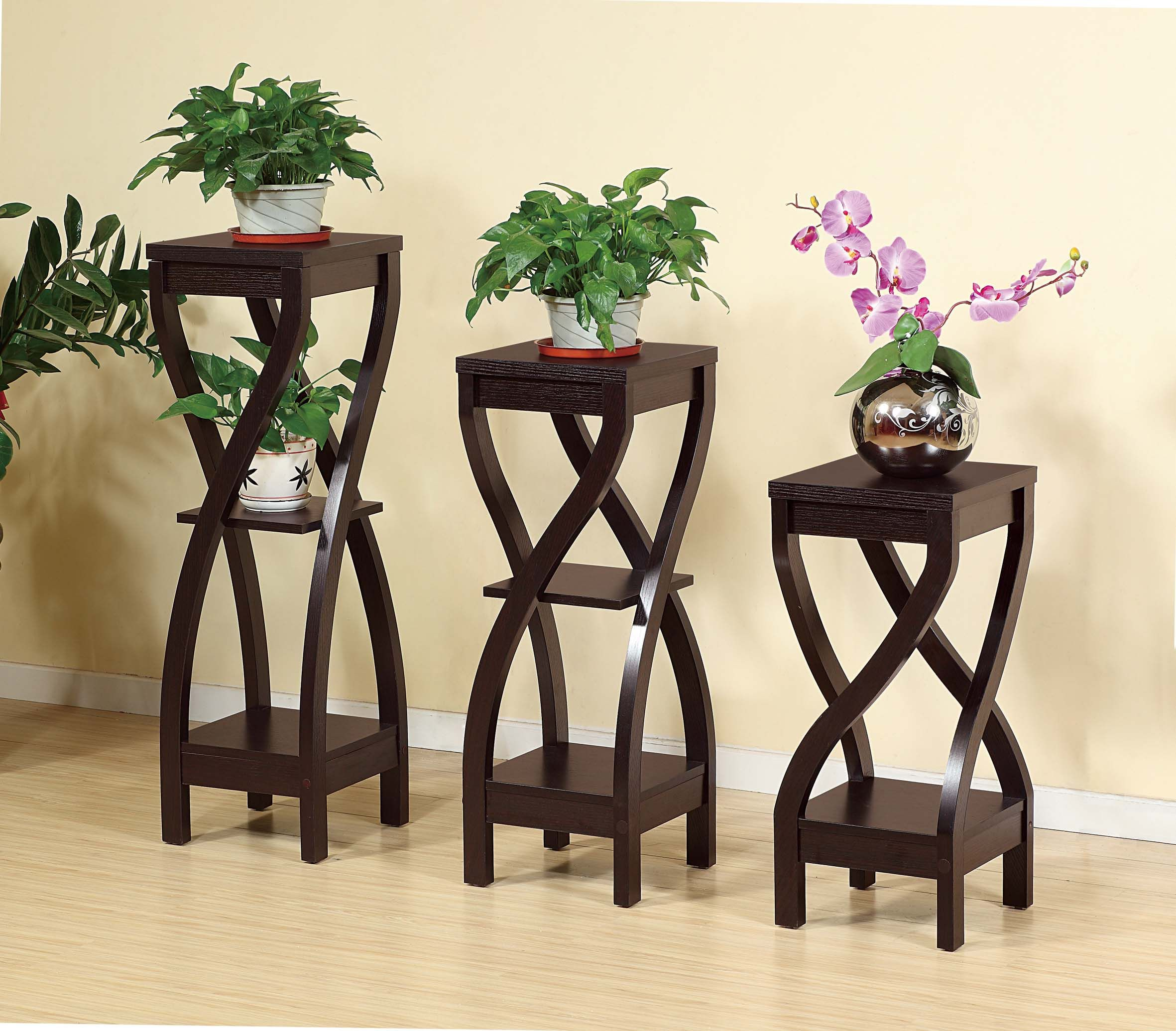 Smart Home Rosecran Red Cocoa Plant Stands Features An All