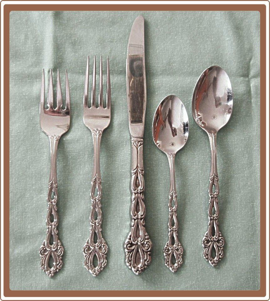 Oneida chandelier stainless steel betty crocker flatware from oneida chandelier stainless steel betty crocker flatware from cobayley vintage jewelry antiques collectibles aloadofball Gallery