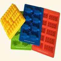 Lego Candy Molds - So Fun! Holiday Gift Guide 2015: For the Foodie | The Review Wire
