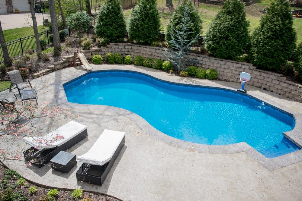 Backyard Oasis Click To Find More Homes With Amazing Features Arkansas Real Estate Bella Vista Arkansas Backyard Oasis