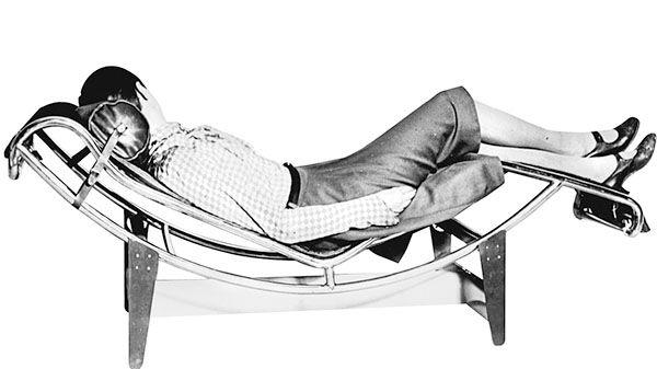 Le corbusier furnitures le corbusier fauteuil relax et blog d coration - Salle de bain charlotte perriand ...