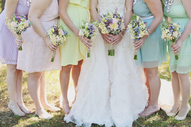 Mismatched maids. Floral ZuZu's Petals (Austin) Venue