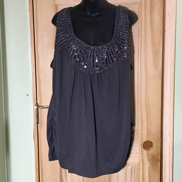 Lane Bryant 22/24 Sparkle Sequin Tank Top Gray Lane Bryant shirt with so much sparkle and pizzazz! Shirt has cinching at the side. Size 22/24. Pre-worn but in good condition. Lane Bryant Tops Tank Tops