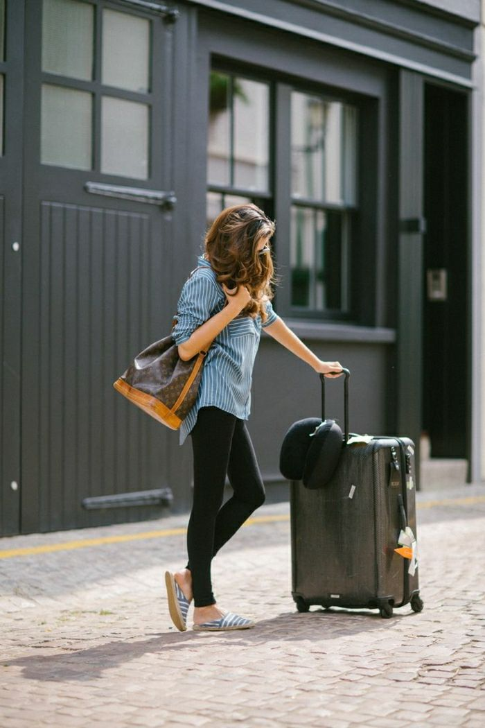 1001 id es et astuces quelle tenue pour prendre l 39 avion choisir airport style. Black Bedroom Furniture Sets. Home Design Ideas