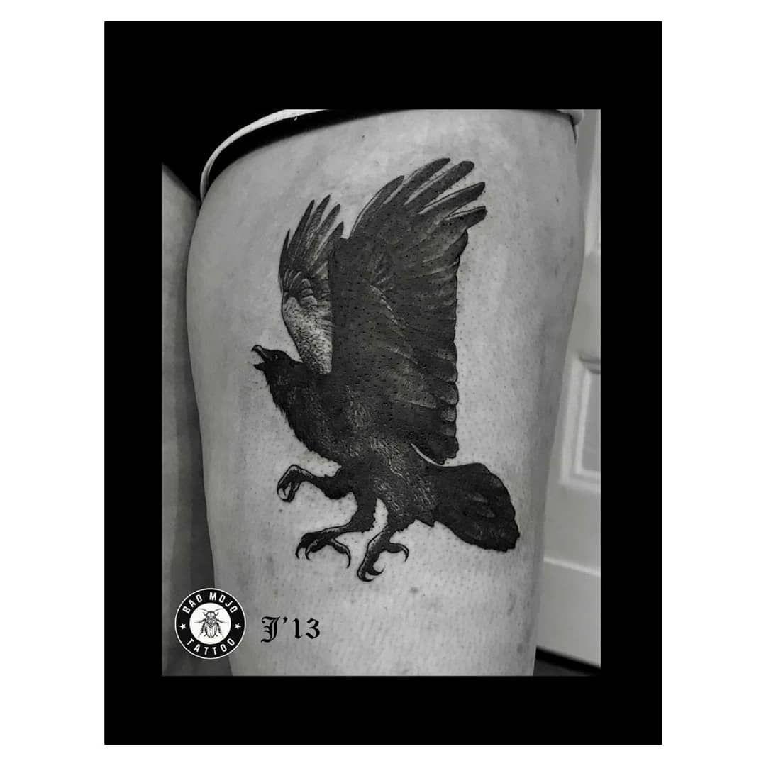 🖤 @j13kisielewicz  #tattoos #tattoo #tatuaż #tattooed #inked #ink #art #artist #black #bw #dot #dotwork #dotworktattoo #darktattoo #darkart #instagood #instatattoo #tattoooftheday #tattooofinstagram #amazingtattoo #lublintattoo #polandtattoo #balmtattoo #badmojotattoo _______________________________________ Zapisy i konsultacje na okres zamknięcia salonu tylko przez⬇️ 🖊️ facebook: Bad Mojo Tattoo Lublin ✉️ lublin@badmojotattoo.com ☎️ 530-081-772