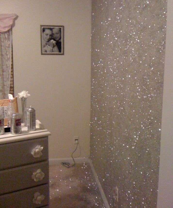 Pareti glitter pareti glitter decorazione di stanze e for Parete bianca con glitter argento