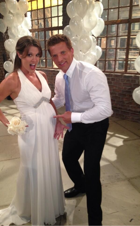 Y R Chelsea And Dylan Wed Aug 2013 Young And The Restless Tv Weddings Celebrity Pictures
