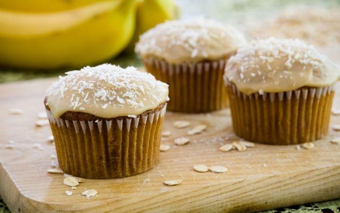 Bake Sale: Banana Oat Cupcakes #pauladeen