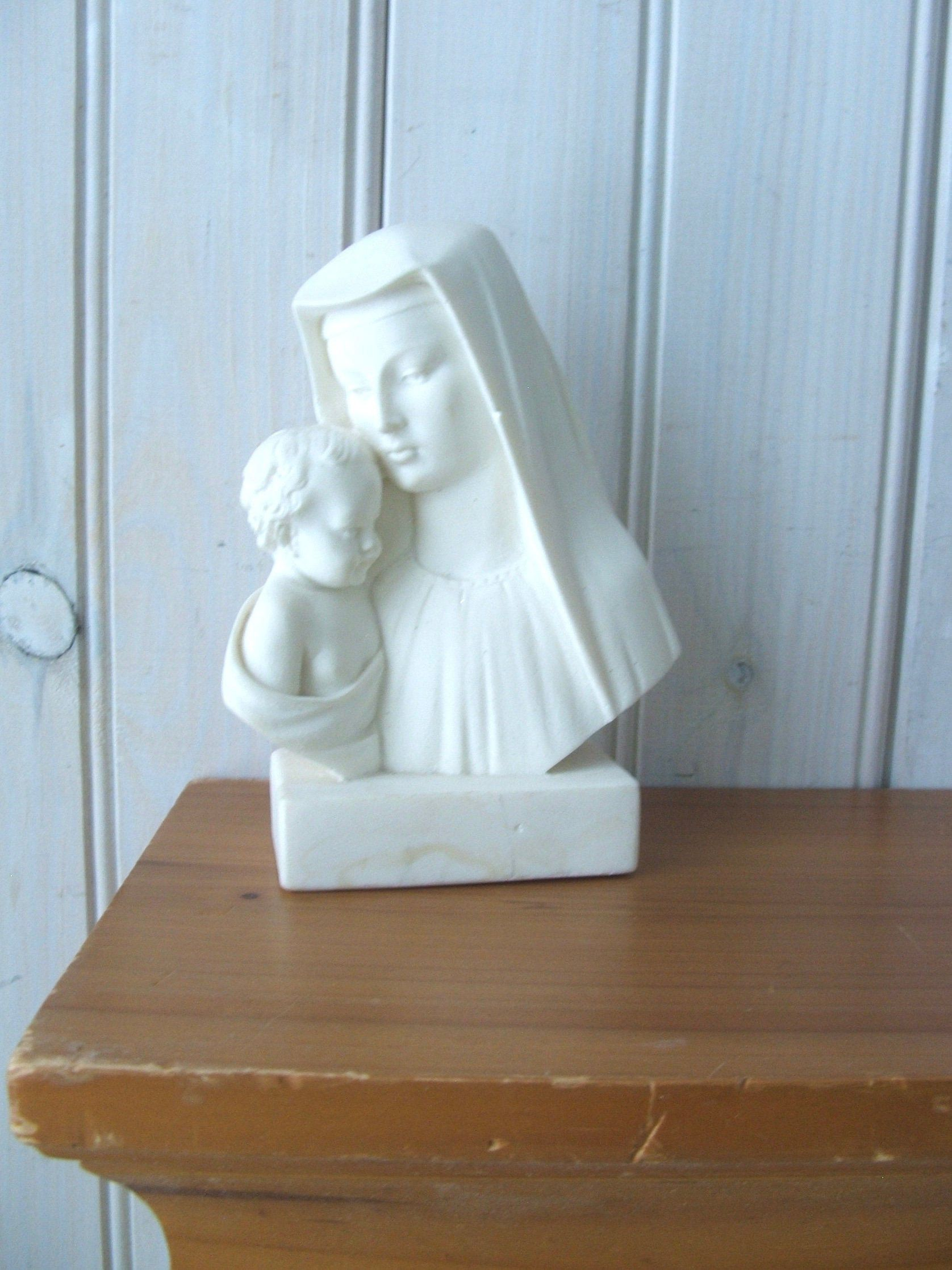 Vintage Mother Mary And Baby Jesus Bookend Figurine
