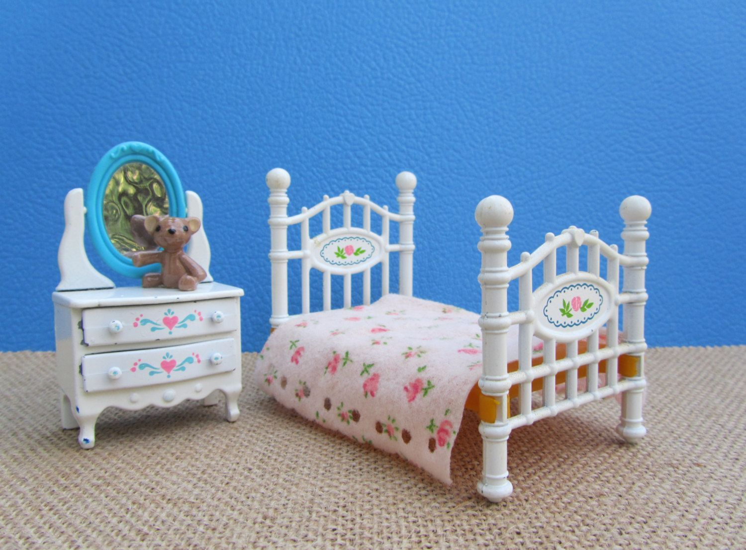 Doll Bed & Dresser Dollhouse Furniture Toy Cast Iron The Littles Vintage 80s Mattel White Brass Bed and Chest of Drawers Tilting Mirror #bearbedpillowdolls Doll Bed & Dresser Dollhouse Furniture Toy Cast Iron The Littles Vintage 80s Mattel White Brass Bed and Chest of Drawers Tilting Mirror by WillowValleyVintage on Etsy #bearbedpillowdolls