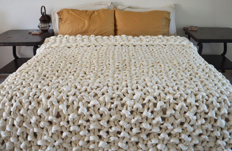 chunky knit blanket - 100% merino wool throw with fringe - chunky