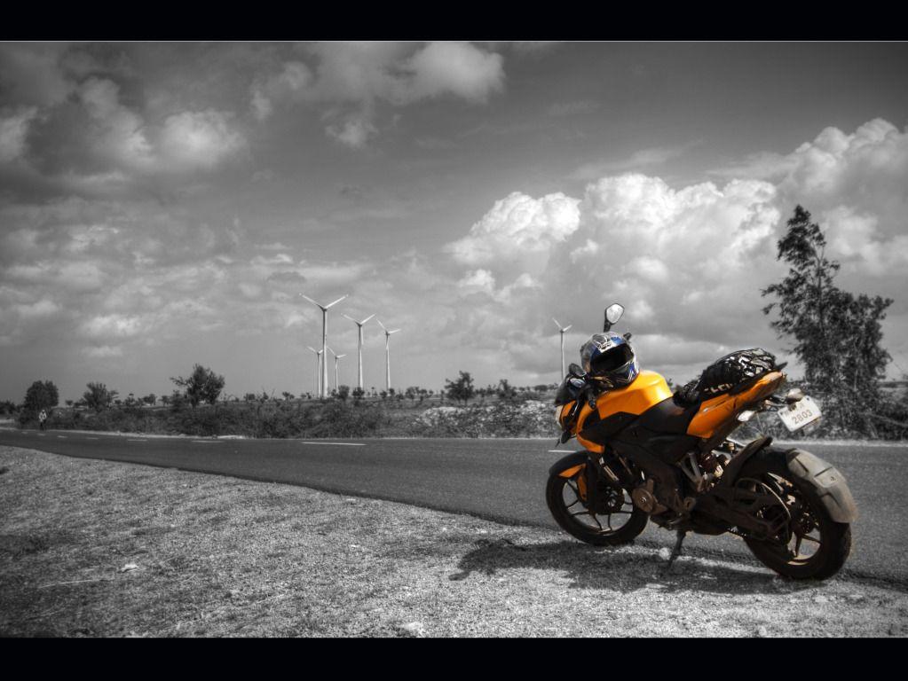Pulsar Bike Photo Hd Wallpaper