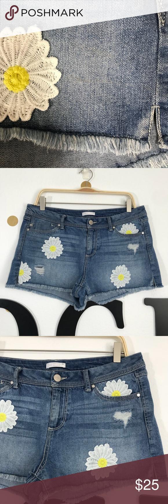 Lauren Conrad 12 Denim Shorts Daisy Flower Size 12 Clothes Design Fashion Design Fashion Trends