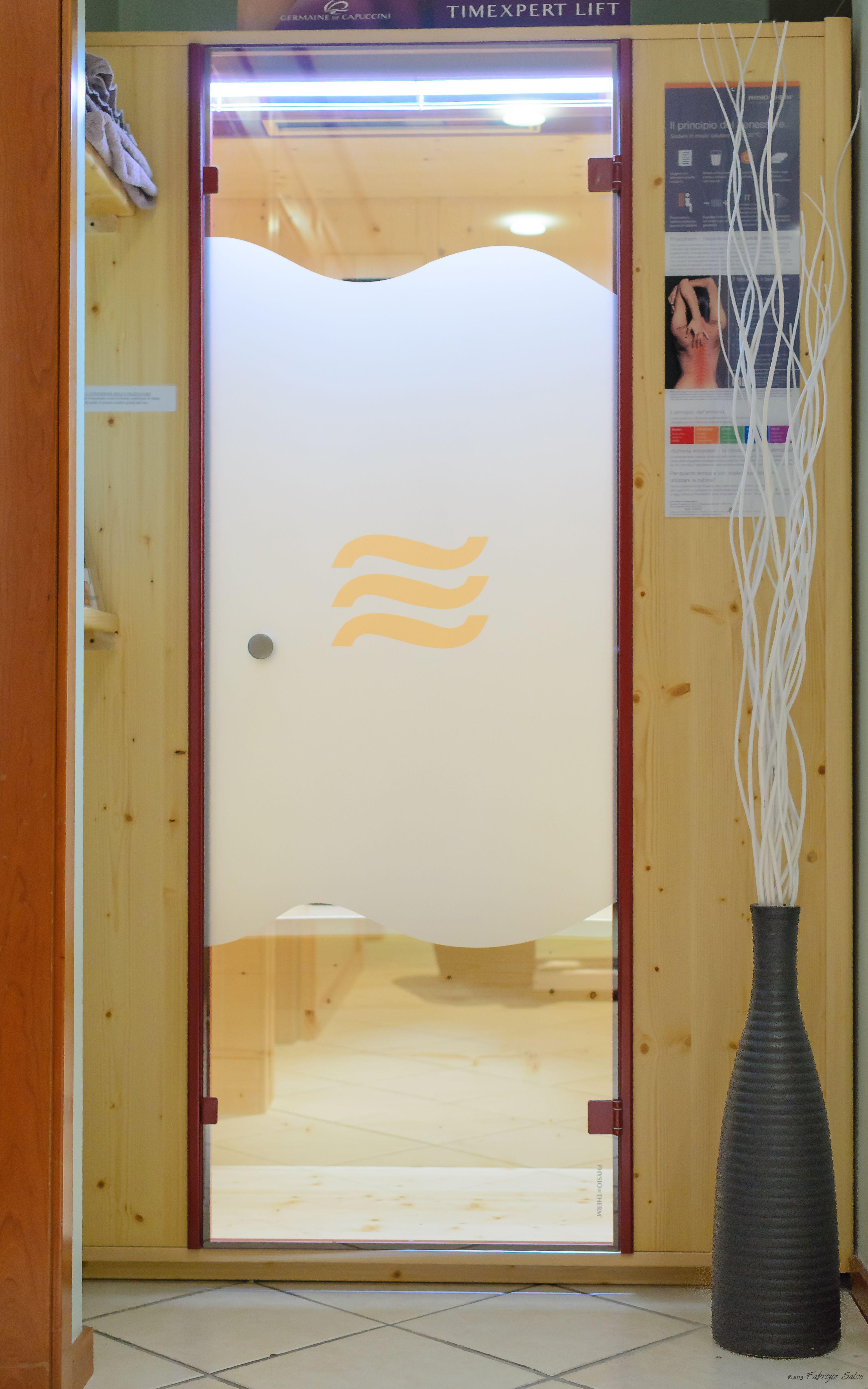 cabina sauna a raggi infrarossi, con aromaterapia e cromoterapia