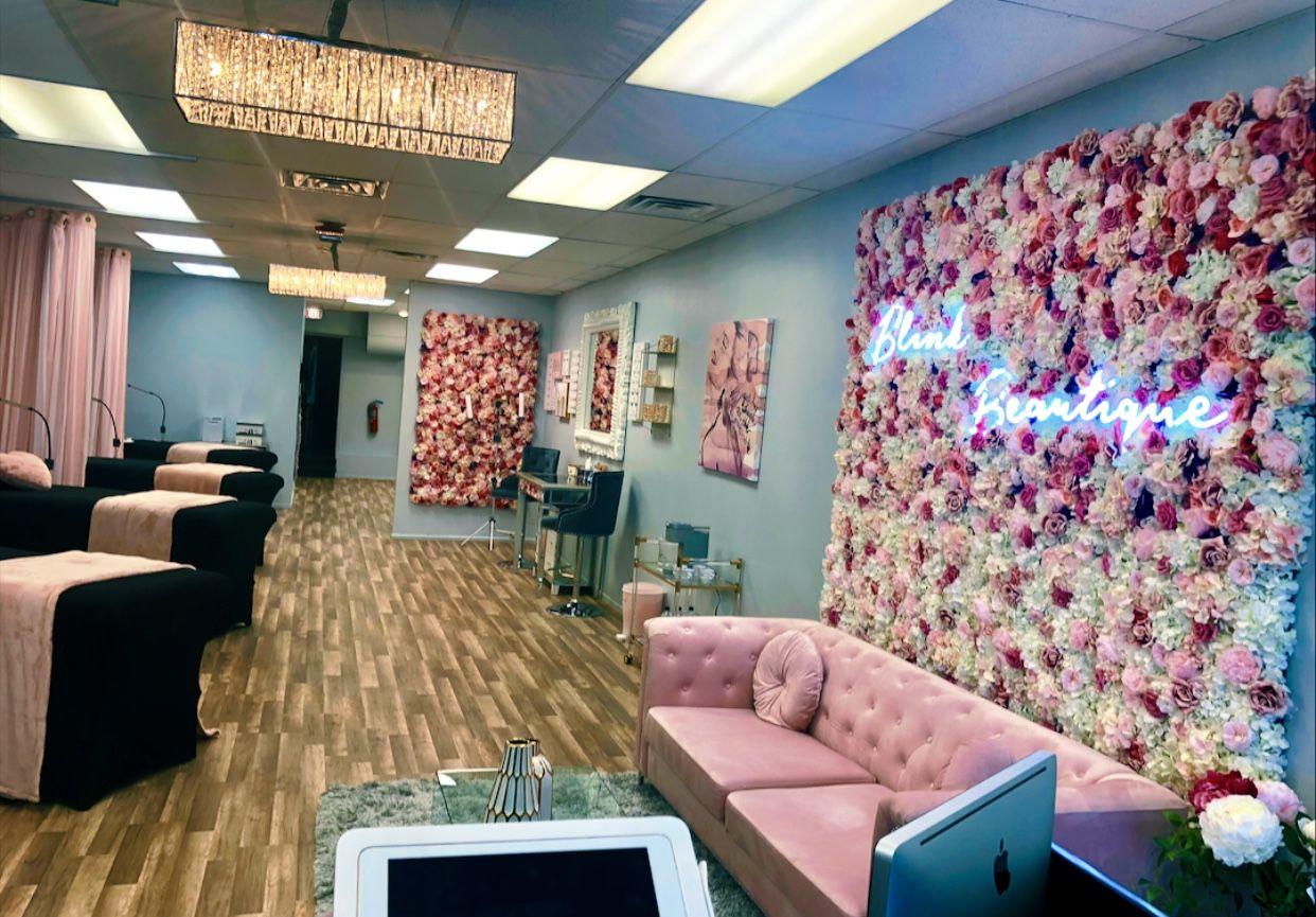 Blink Beautique Beauty Salon #lashroomdecor