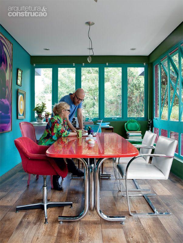 O estúdio colorido de Neza Cesar