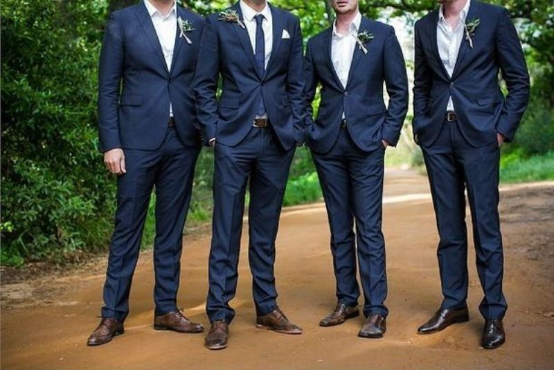 b9f7758f521 Hot 2014 Wedding Trend Navy Suits For Grooms