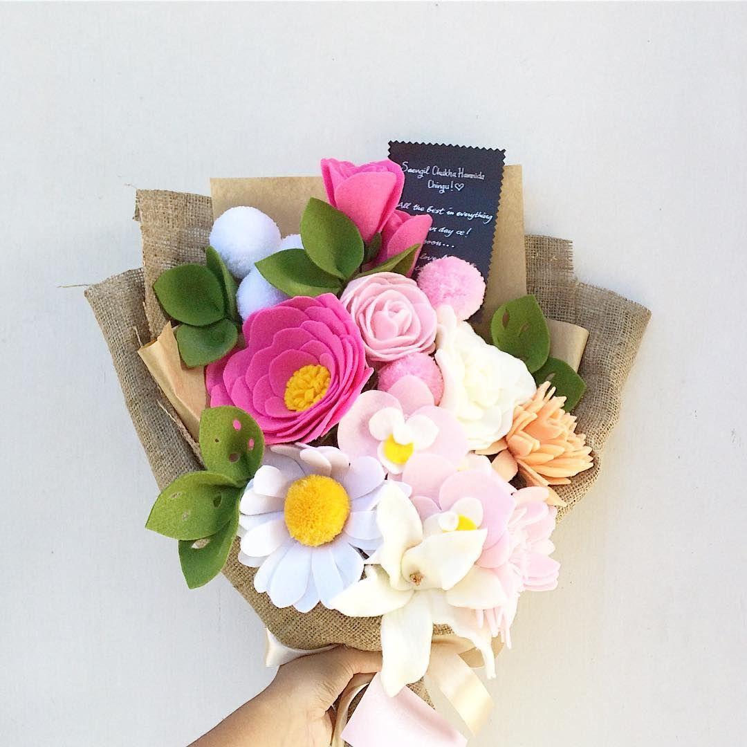 Pin by Tri Hastuti on felt | Pinterest | Flower, Felt flowers and ...