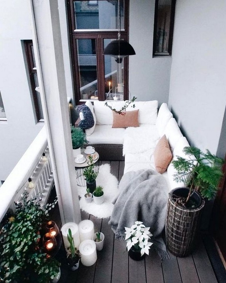 50 Stunning Apartment Balcony Design Ideas Apartment Apartmentbalcony Apartmentbalconydecor Balcony Design Apartment Balcony Decorating Apartment Balconies
