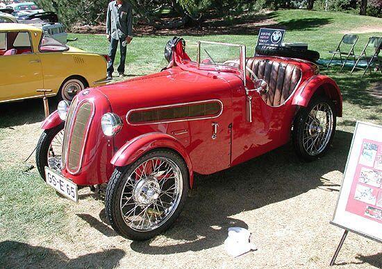 STRANGE OLDE AUTOS - 1926 BMW DIXI ROADSTER