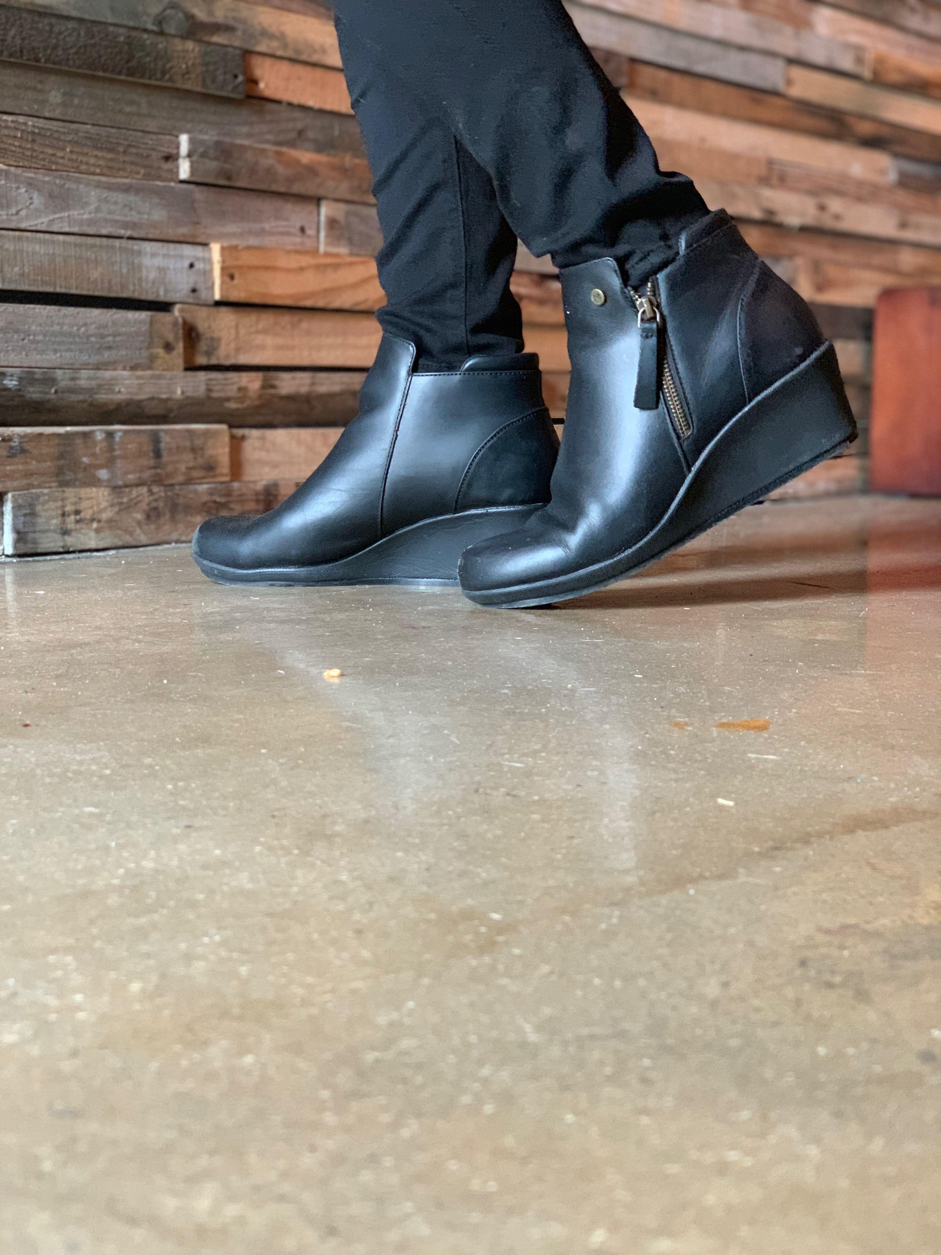 Mozo Lola Black Heels Wedges Wedge Heels Work Best Work Shoes [ 4032 x 3024 Pixel ]