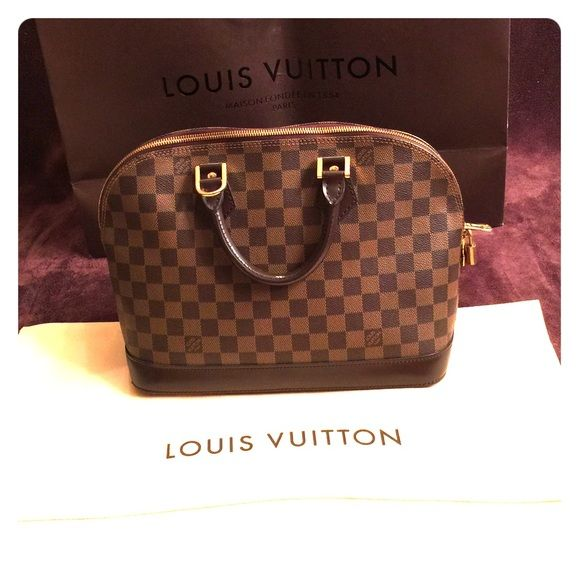 Spotted while shopping on Poshmark  Authentic Louis Vuitton Alma MM  great  condition!  poshmark  fashion  shopping  style  Louis Vuitton  Handbags bb89d38b6e