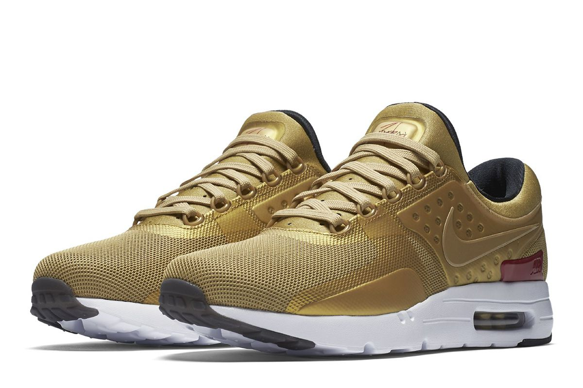 As part of Nike's anniversary of the Air Max 97 shoe, they are re-releasing  a special Metallic Gold Air Max Zero sneaker.