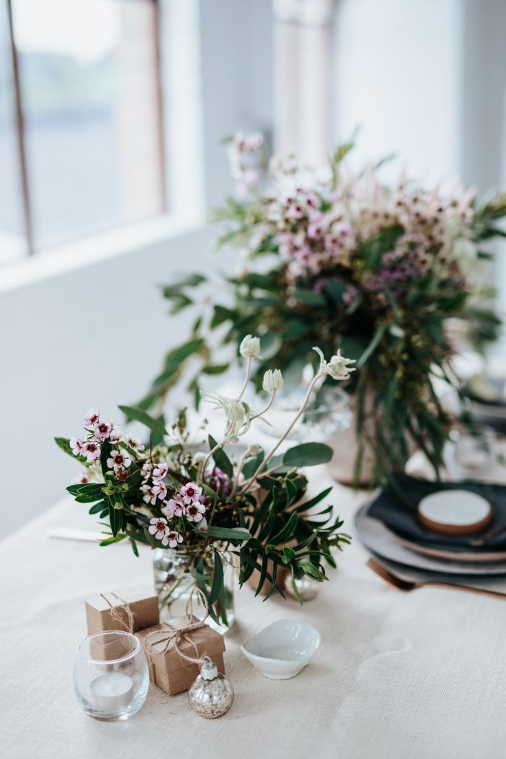 Australian inspired Christmas festive table styling | Eclectic Creative