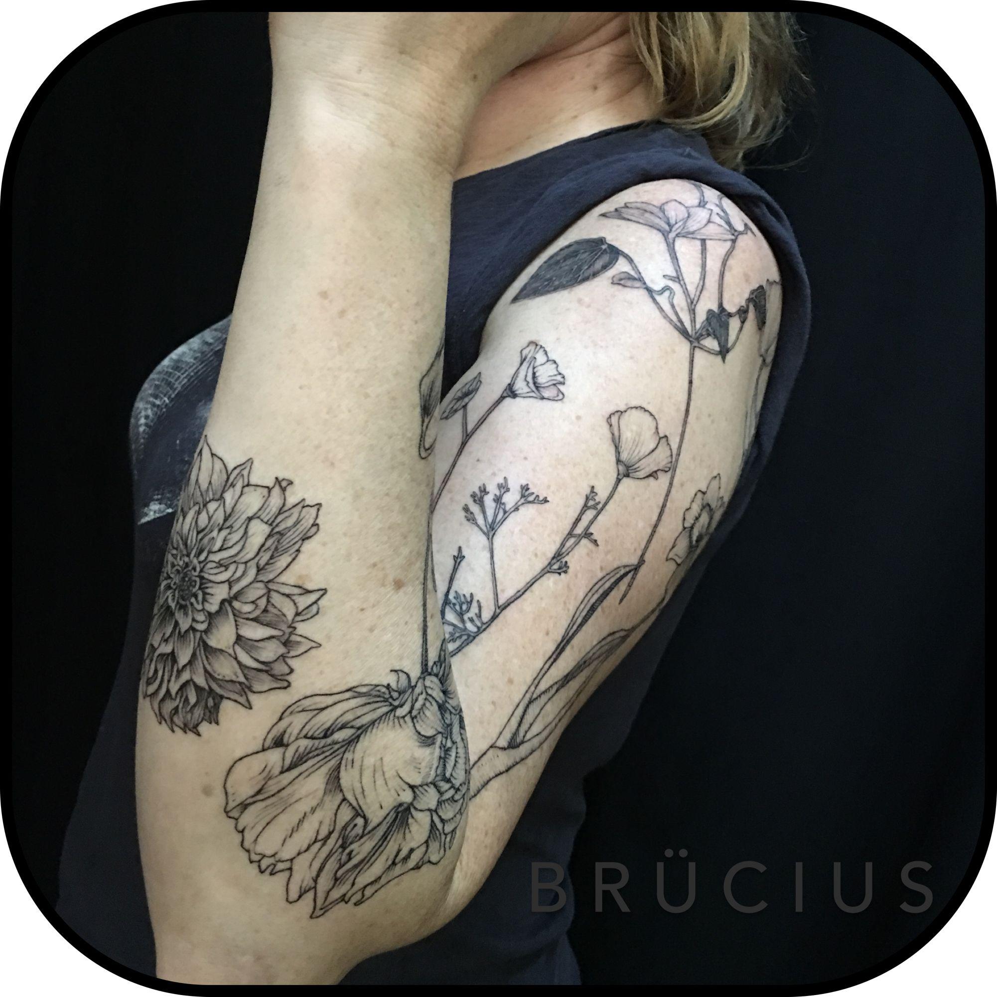 Brucius Tattoo Sanfrancisco Bayareatattoo Sciencetattoo Engravingtattoo Etchingtattoo Sculptoroflines Dotwork Etching Tattoo Tattoos Engraving Tattoo