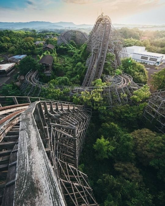 Abandoned Amusement Park, Abandoned Amusement
