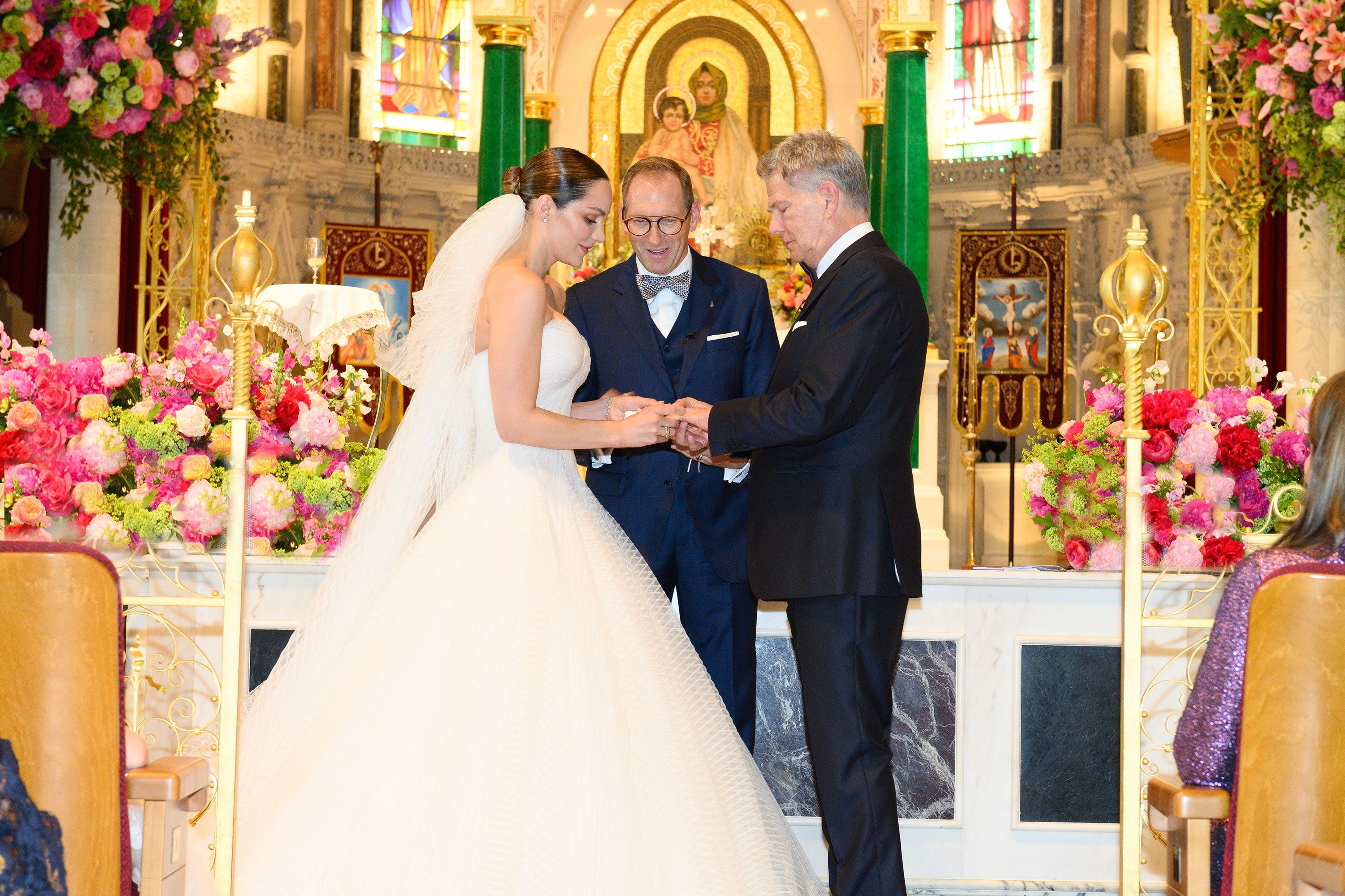 An Exclusive Look Inside Katharine Mcphee And David Foster S Wedding In London Vogue Wedding Wedding Dresses Zac Posen Wedding Dress